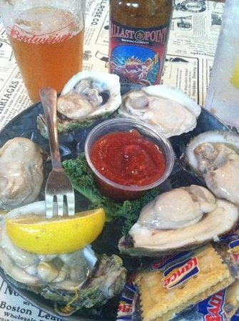 Palmetto Oyster House: fresh oysters