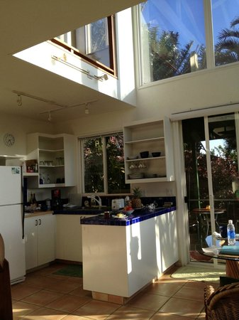 Huelo Point  Lookout: Kitchen area