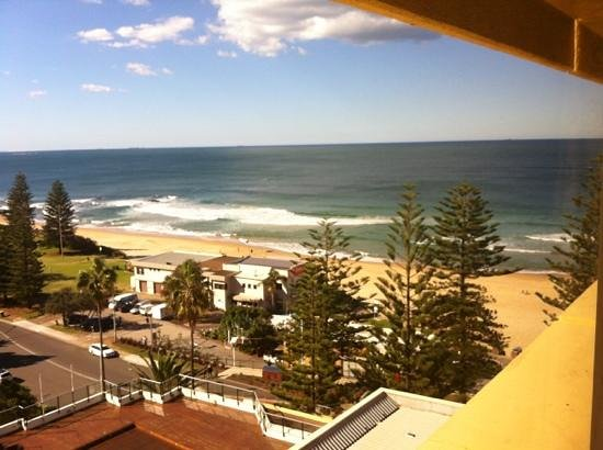Novotel Wollongong Northbeach: View from our room on 9th floor