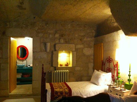 Hezen Cave Hotel : Standart oda