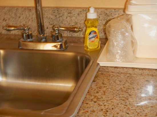 Comfort Inn & Suites Port Canaveral Area: they provide dish soap in the kitchenette