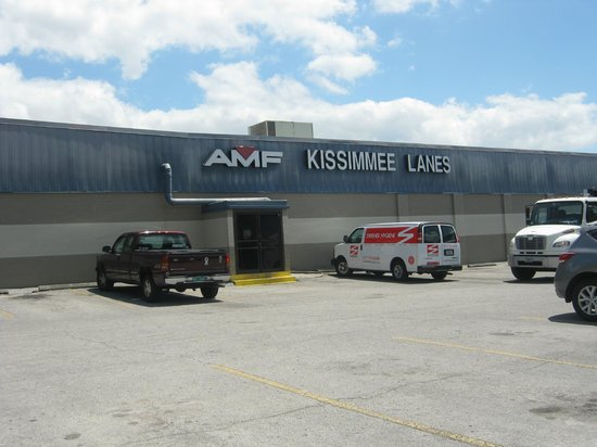 AMF Bowling Center : Outside the bowling alley