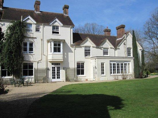 Esseborne Manor: Hotel and grounds