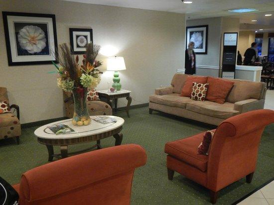 Hampton Inn Orlando International Airport: lobby
