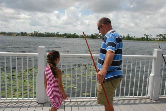 Marriott's Harbour Lake : Fishing from the pier