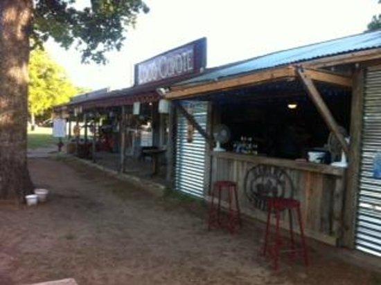 Loco Coyote Grill: Fun and Relax Venue