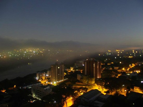 Wyndham Foz DO Iguacu: Vista Noturna 20º andar