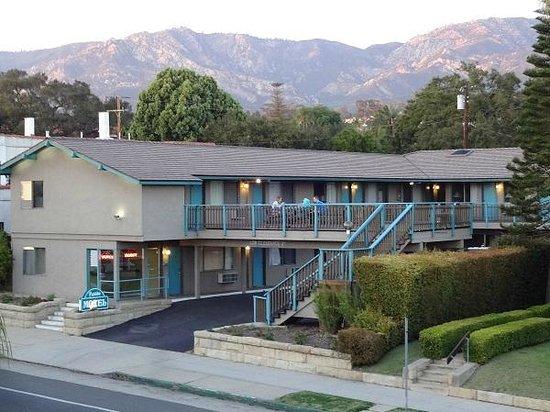 Presidio Motel: Presidio Exterior View