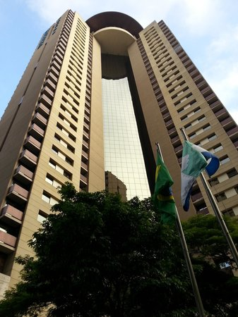 Staybridge Suites Sao Paulo: Hotel view from the courtyard