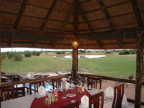 Nehimba Lodge: dining