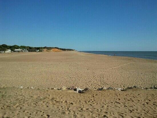 Clube Hotel Apartamento do Algarve: quarteira beach
