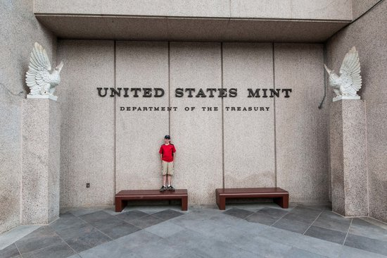 United States Mint: While Waiting in Line
