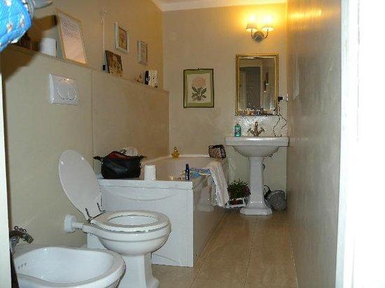 Residenza Centro Storico: new bathrooms
