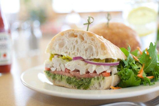 First Watch : Chicken Palermo Sandwich