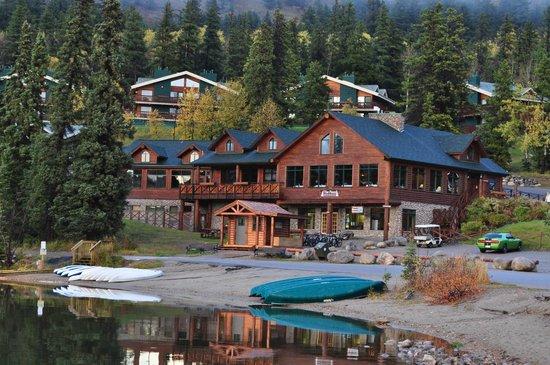 Pyramid Lake Resort: Pyramid Lake in Jasper