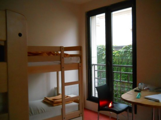 Adveniat Paris : Habitación compartida