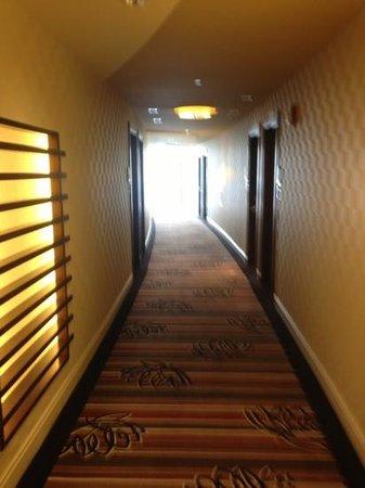 Blue Chip Casino Hotel Spa: hallway