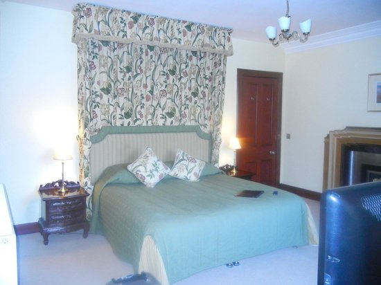 Tigh na Sgiath Country House Hotel: our bed