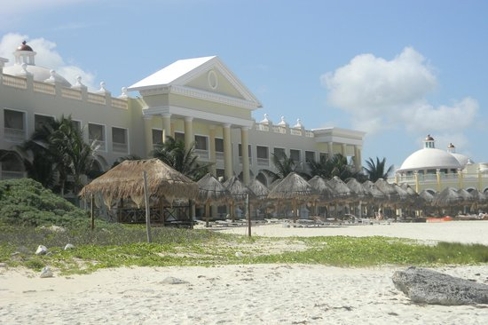 Iberostar Grand Hotel Paraiso: Building 72 ocean-front rooms