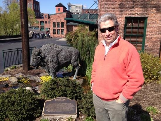 Coles 735 Main : where the Buffalo roam...