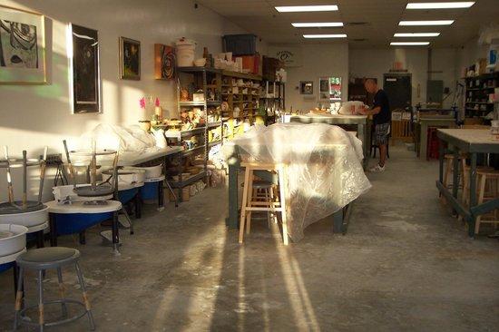 Cup O  Pottery: Cup O Pottery Studio