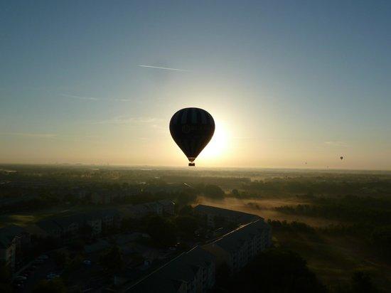 """Orlando Balloon Rides: """"balloon solar eclipse"""""""