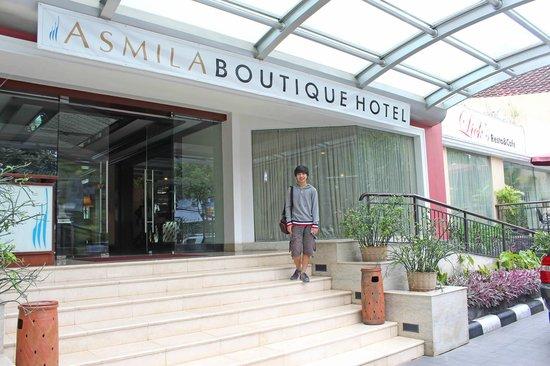Entrance Asmila Boutique Hotel Bandung