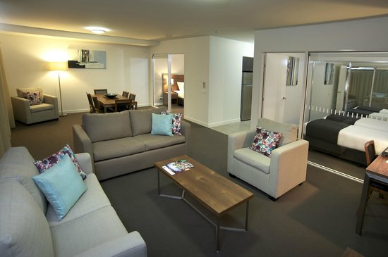 Quest Dubbo: Three Bedroom Apartment