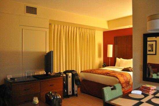 Residence Inn Beverly Hills: Dormitorio