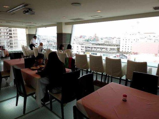 Station Hotel Makishi: 5 11階展望室の朝食バイキング
