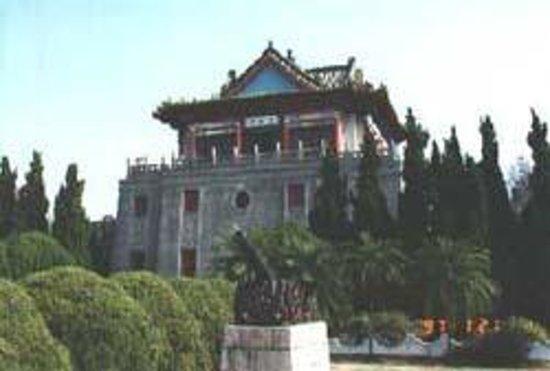 Lienv Temple