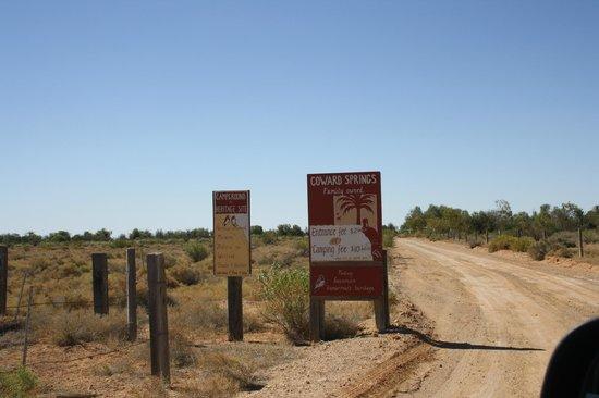 Coward Springs Campground: Entrance