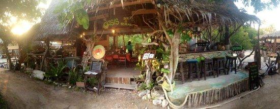Restaurants Near Holiday Inn Koh Phi Phi