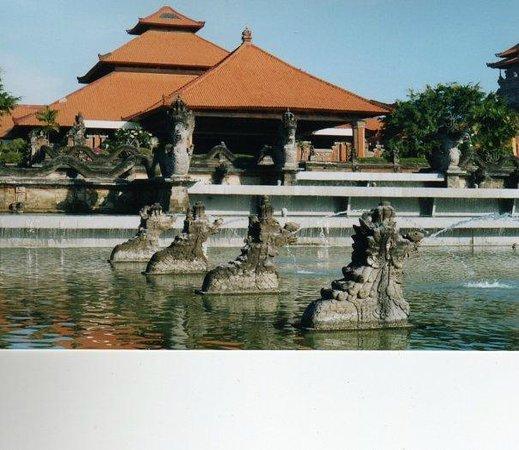 Ayodya Resort Bali: Front