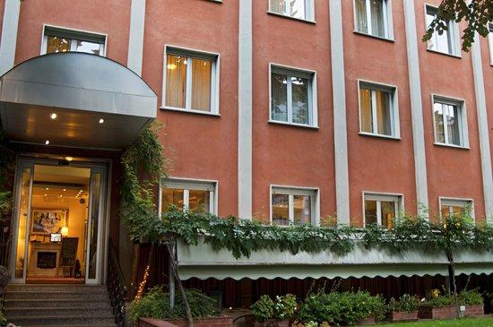 Eco-Hotel La Residenza: Facciata Hotel