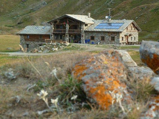 Rifugio Mont Fallere.