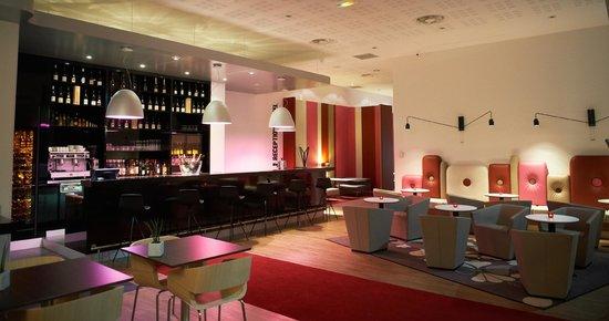 Mercure Cholet Centre Hotel : Bar