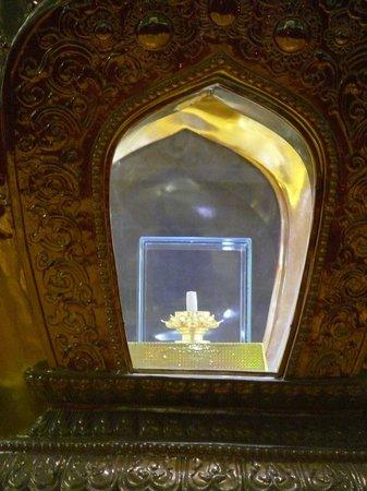 Tears Buddha