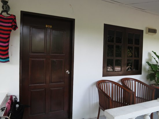 Tropical Resort: the room we stayed