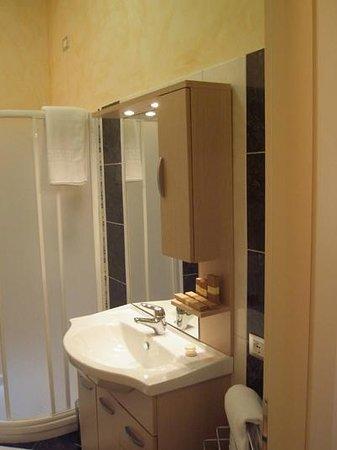 La Terrazza B&B: bagno privato