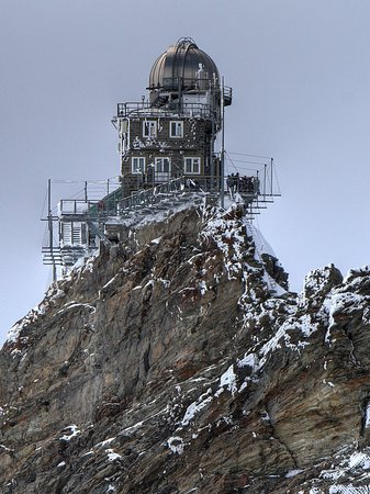 Ling Mountain Tower