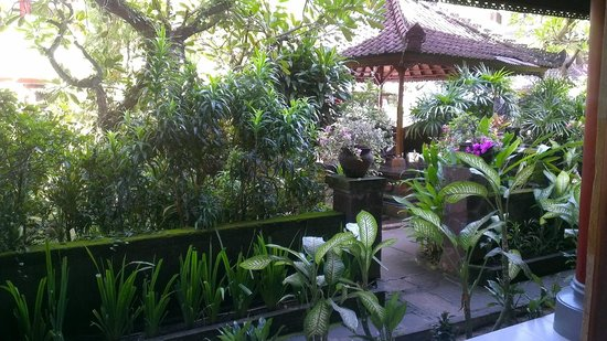 Bakung Sari Resort and Spa: Our drinking spot by the pool taken from our room