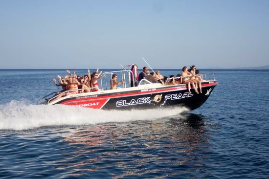 Kavos, Griechenland: Black pearl sppedboat