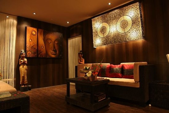Waiting area picture of sawasdee namaste spa kolkata for Salon decor international kolkata west bengal