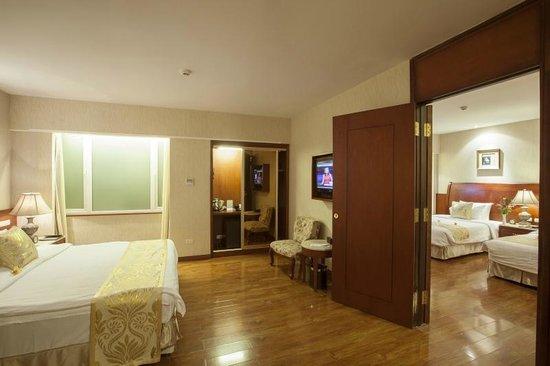 Hanoi Tirant Hotel: Hotel's room