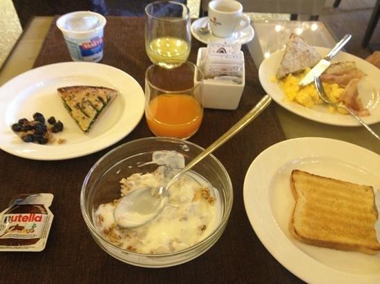 Arcadia Boutique Hotel: pequeno-almoco