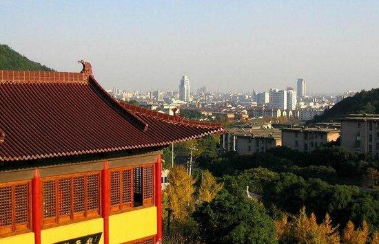 Qingshan Tample