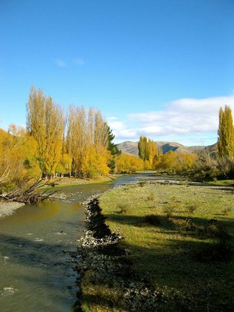 Karetu Downs Farmstay: River on the property