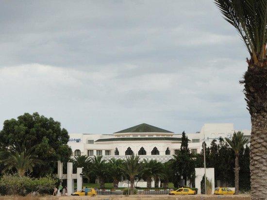 Vincci El Mansour : l'entée de l'hôtel