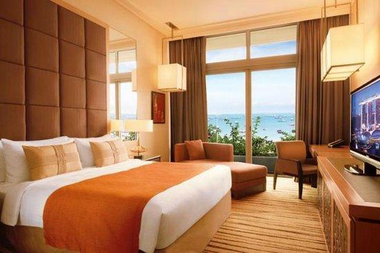 Marina Bay Sands Deluxe Room With Garden